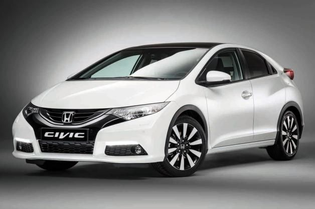 I'm in love! Honda reveals updated rest-of-world Civic hatchback.