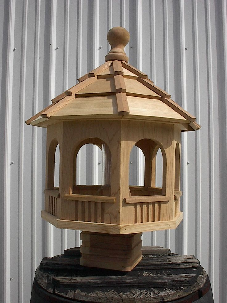 Red Cedar bird feeder - Amish made | Cedar Outdoor ...