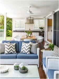 Desain ruang makan dan ruang keluarga minimalis mewah