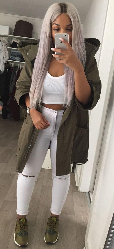 street style obsession / khaki parka + top + white rips + sneaks