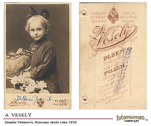A Veselý,cca 1930, Jarmila Valtrová