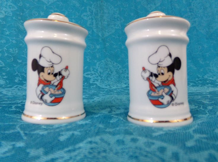 Vintage Mickey Mouse Salt Pepper Shakers Japan Made Mint Condition W Plugs
