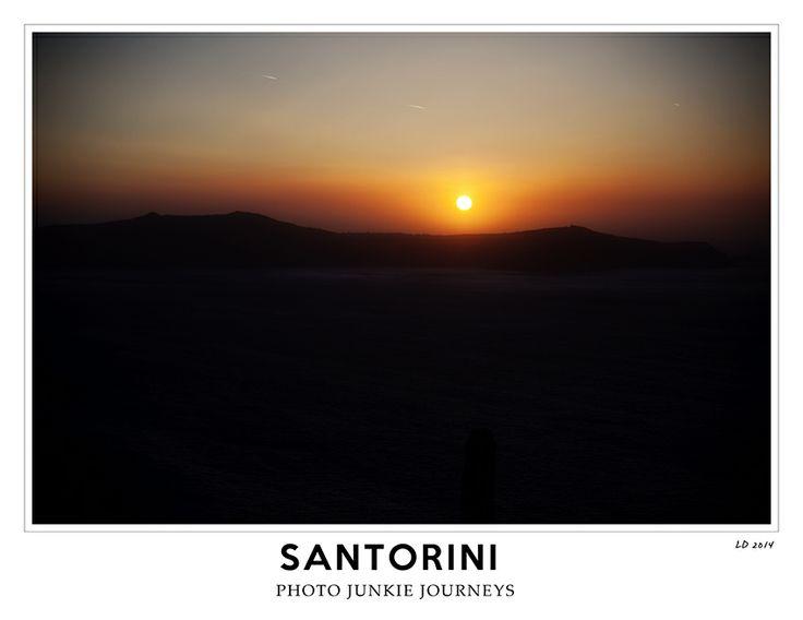 Photo junkie journeys Santorini