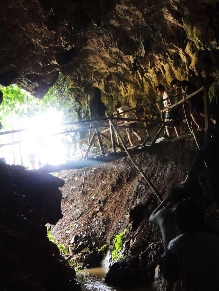 Kelelawar Cave, Indonesia