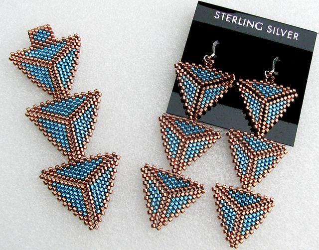 peyote earrings | Custom Peyote Triangle Pendant and Earrings | Flickr - Photo Sharing!