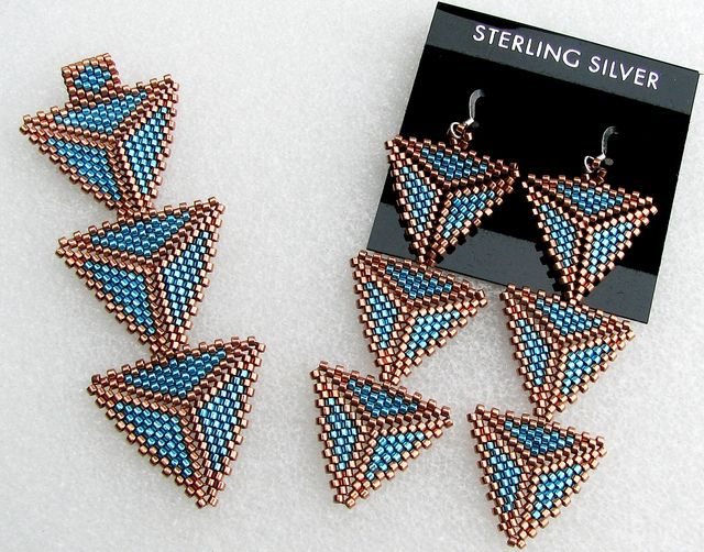 peyote earrings | Custom Peyote Triangle Pendant and Earrings | Flickr - Photo Sharing!