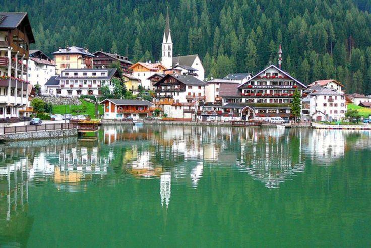 lago di Alleghe - Belluno - Veneto