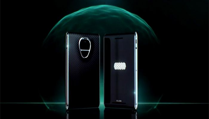 World's costliest smartphone unveiled; priced at Rs 9 lakh - http://thehawk.in/news/worlds-costliest-smartphone-unveiled-priced-rs-9-lakh/