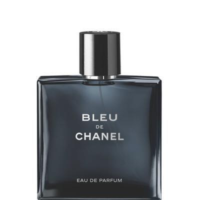 Chanel BLEU DE CHANEL EDP SPRAY - 50 ml - 600 kr. http://www.med24.dk/dufte/parfume-til-ham/chanel-bleu-de-chanel-edp-spray-50-ml/product_info.php/cPath/404_448/products_id/21376?utm_source=partnerads&utm_medium=cpa De har den også i Matas, bare ikke på nettet