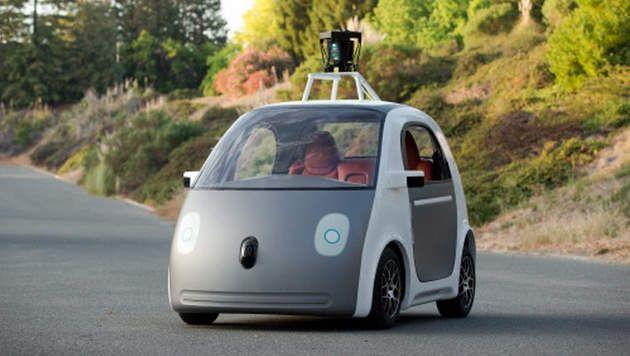 """Zal u uw job verliezen aan een robot?  Googles zelfrijdende auto heeft geen stuur. Zijn taxichauffeurs in de toekomst ook overbodig? Of """"Logistiek"""" in het algemeen? We bespreken dit morgen!    Greetz Des"""