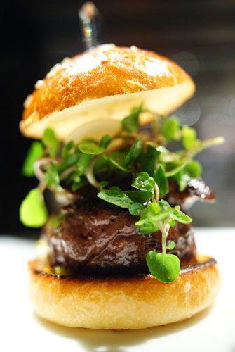 """Le Burger"" (beef burger topped with foie gras and caramelized bell pepper) - L'atelier de Joël Robuchon restaurant - Las Vegas - USA"