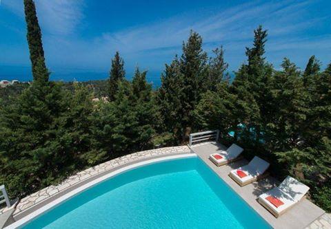 The stylish and comfortable Idilli Villas Lefkada in Aghios Nikitas