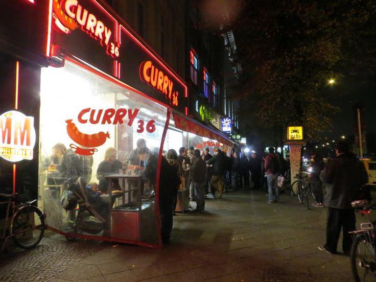 O Curry 36 é um ponto de encontro de Berlim, sempre lotado!