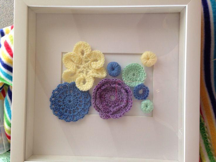 Cuadro de flores a crochet.