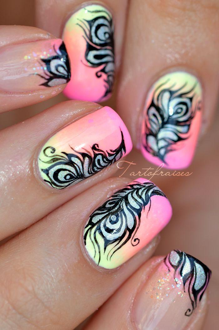 nail art plume paon