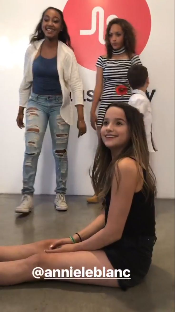 leblanc girls I will be uploading new videos about hannie (hayden summerall & annie  leblanc) every week the videos include updates, rumours, edits.