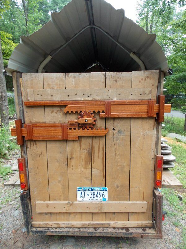 Wooden Tailgate Latch. by Brian Harnett, talkshopbot.com