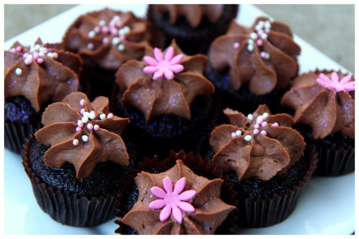 Herseys Chocolate Cupcakes With A Chocolate Ganache Frosting