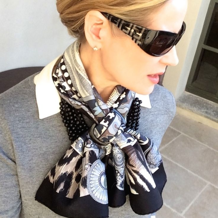 266 Best Images About Herm 232 S Scarves On Pinterest Knots