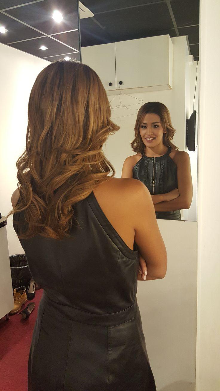 Karima Charni 50 extensions adhésives du site extens-hair.com