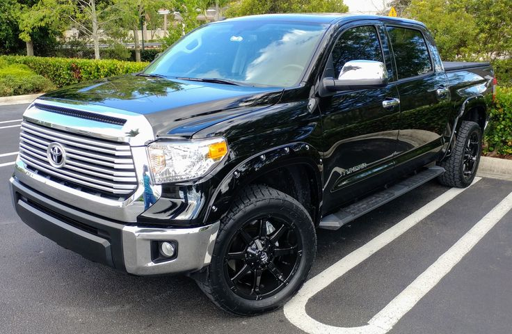 "2017 Toyota Tundra with 20"" Fuel Coupler Wheels"
