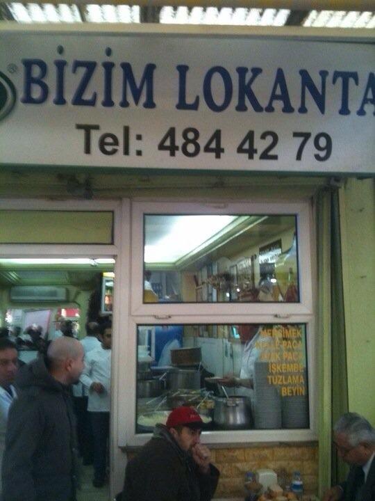 Adres 911 Sok. No:4, Kemeralti, Izmir Bizim Lokanta, İzmir: Gerçekten bir şölen..çok çeşitli ve lezzetli yemekler...balık çorbası favorim..