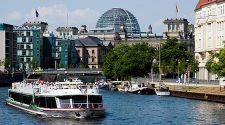 How to save on Berlin's boat tours and river cruises