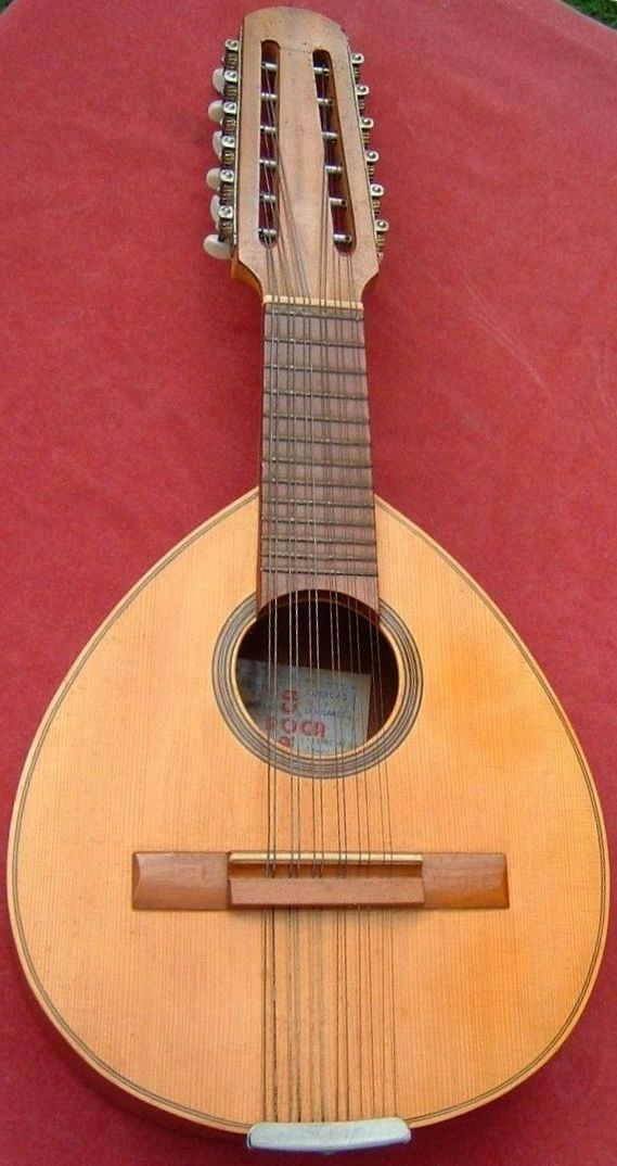 80 best laud images on pinterest guitars music for Luthier valencia