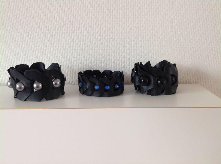 Gevlochten rubberen armband met kralen