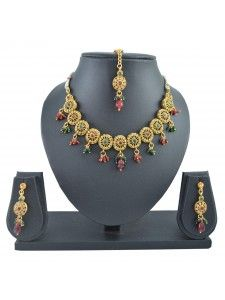Buy bridal jewellery online. HIgh5store offers the best bridal imitation jewellery Collection and Wedding Jewellery.  http://www.high5store.com/bridal-jewellery-online