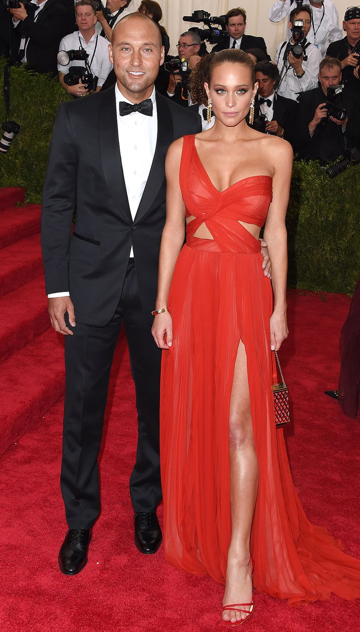 Derek Jeter and Hannah Davis at the 2015 Met Gala - amazing firey red gown