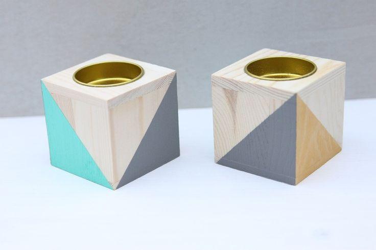 Teelichthalter Holz *Trekant* Türkis Gelb von Hannah Lotta auf, Kerzenständer, Holz, Inferior, Skandinavian, Geometrisch, Dreieck DaWanda.com