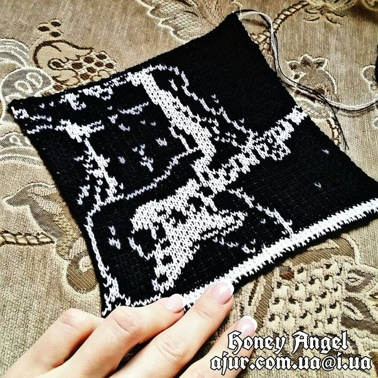 🎸🎸🎸 ЗАКАЗ ГОТОВ 🎸🎸🎸    По всем вопросам пишите в личку или ajur.com.ua@i.ua    #вязание #knitting #ajur #ажур #киев #купить #подарок #look #moda #мода #ajurcomua #ручная_работа #жаккард #foto #fashion #дизайнерскийтрикотаж #дизайнерский_трикотаж #авторский_трикотаж #honey_angel #honeyangel #авторскийтрикотаж #handmade #hand_made #давинчи #sweater #джемпер #rock #рок