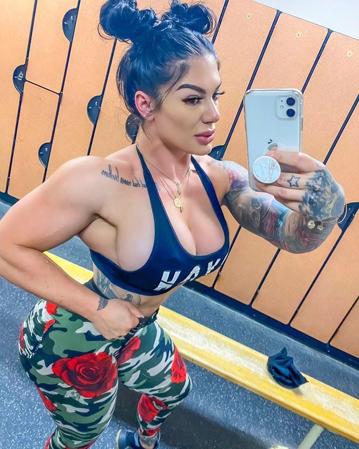 5 248 Likes 231 Comments Laura Marie Muscle Bombshell On Instagram Instagram Photo Instagram Photo And Video