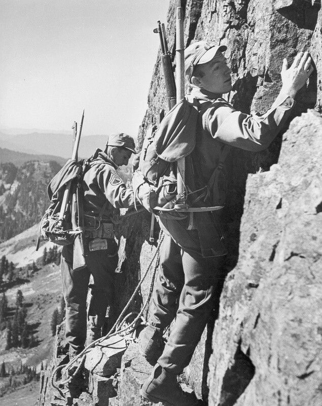 US 10th Mountain division troops in training, pin by Paolo Marzioli