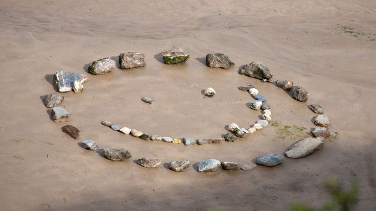 https://flic.kr/p/djaxDg   Stone faced   Looking down from the cliff side I got to see someones handy work on the beach. Am sure it was lots of fun to make and hope they knew that it made everyone who saw it smile too!