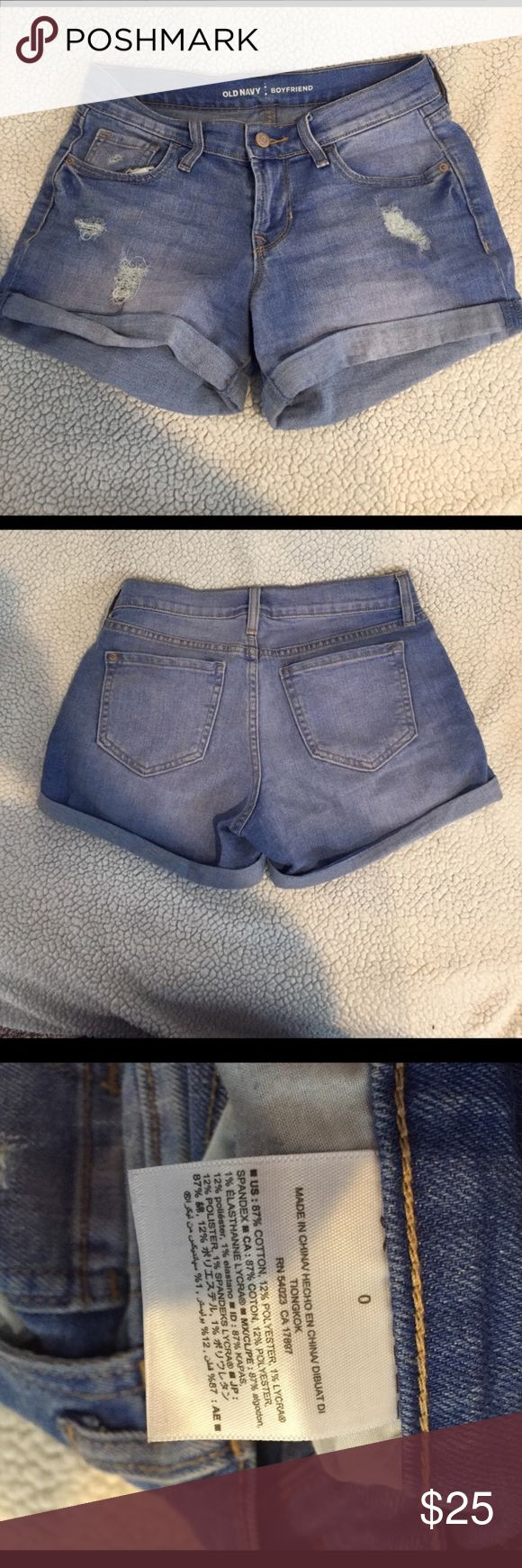 """Old navy boyfriend shorts NWOT. Waist 13.5"""" inseam 3"""".  *measurements are approximate* dog friendly smoke free home. Old Navy Shorts Jean Shorts"""