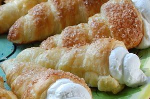 Creme Puffs #desserts #Mennonite/German #recipe where is the bakery? I want one. I remember when Paige had her first one; she poked her finger inside it & said it felt cool and smoothe. And yes, she loved it