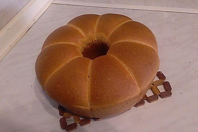 Αφράτο απίστευτο ψωμί σε φόρμα !!! ~ ΜΑΓΕΙΡΙΚΗ ΚΑΙ ΣΥΝΤΑΓΕΣ