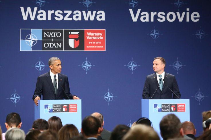 """Jarosław Kaczyński o słowach Obamy nt. Trybunału Konstytucyjnego. Ten mikro-ludek o wzroście odwrotnie proporcjonalnym do zasobów: nienawiści, jadu, kompleksów, tudzież najzwyklejszej głupoty własnej, to nawet nie obciach dla Polski. To dla nas MASAKRA! Jeden, jedyny plik,,pamięci"""" księżycowego złodzieja zapchał był się zapewne pomnikami w ilości 500+ do n-tej . Reszta, to próżnia zabetonowana."""
