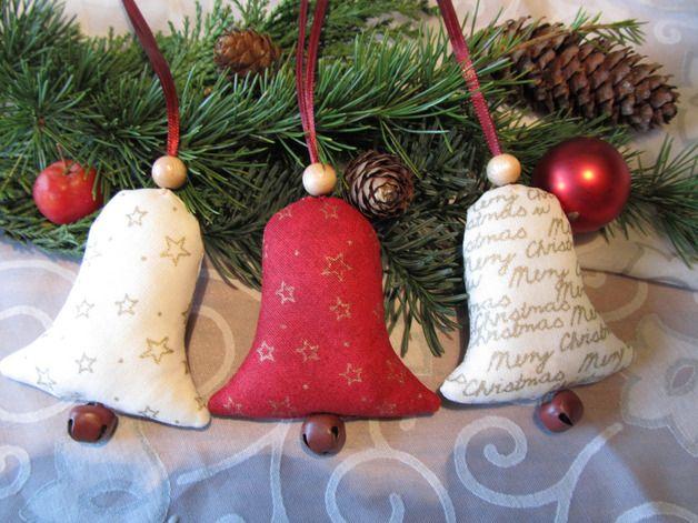 Baumschmuck: Stoff - Weihnachtsbaumschmuck Glocke 3tlg. - Landhaus - ein Designerstück von mit-Stich-und-Faden bei DaWanda,8 cm x 7 cm, zus 9,9