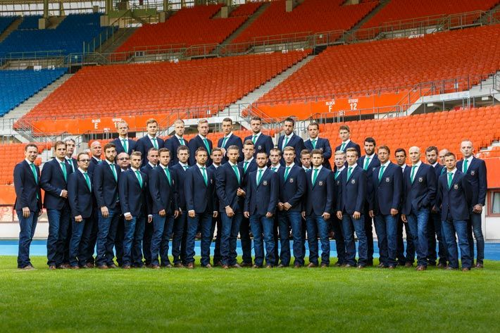Austria's top ranking football club SK Rapid Wien outfitted by Camp David. The club's upcoming UEFA Champions League play-off SK Rapid - Shakhtar Donetsk will happen on 19 August at Ernst-Happel-Stadion in Vienna. fig.: Football club SK Rapid Wien (players, trainers, coaches) in fashion by Camp David (blazer, shirt, tie, jeans, belt, shoes); July 2015. Photo provided by Camp David; (C) FOTObyHOFER/Christian Hofer.