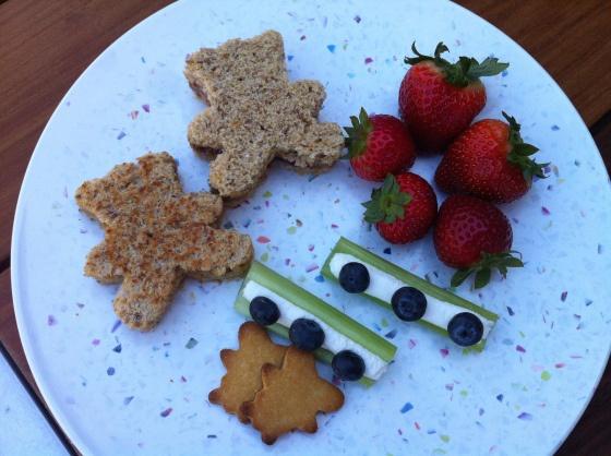 Food ideas for a Teddy bear picnic party
