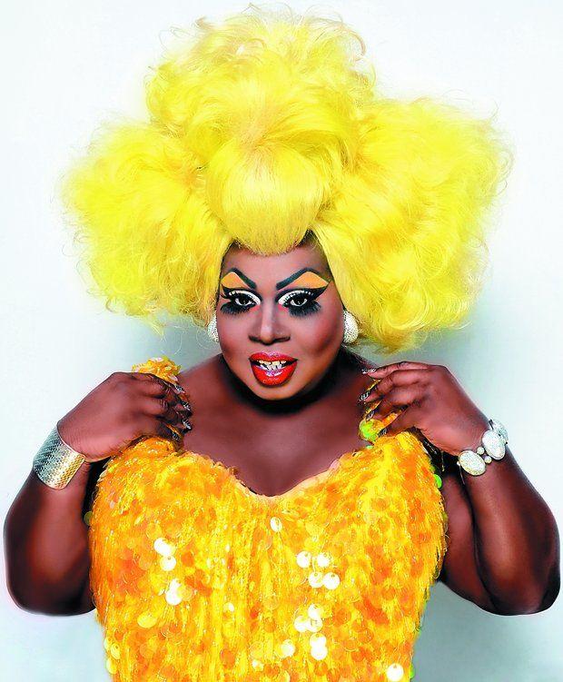 MUNDO:  Ex-presidiária, drag queen deu guinada e se tornou empresária e artista internacional