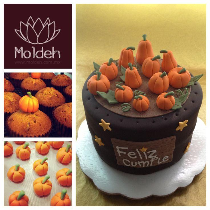 Pastel y cupcakes de calabazas