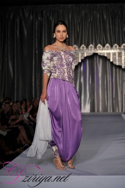 Grande Dame de la Haute Couture algérienne, Fadila Kihel porte en elle l'amour de la mode depuis toute petite.
