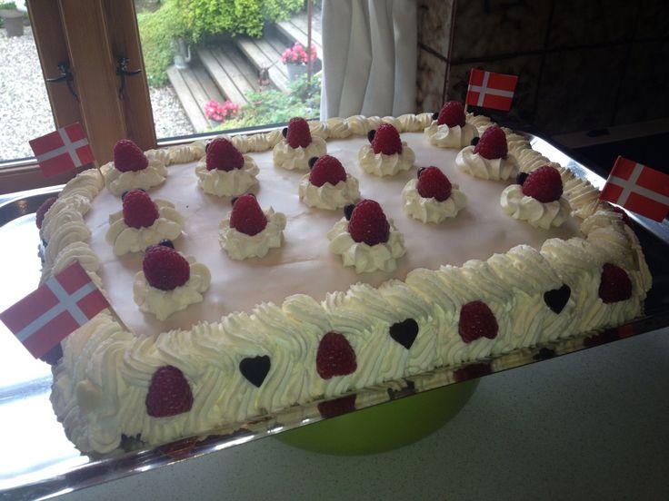 Cake for my sisters boyfriend.