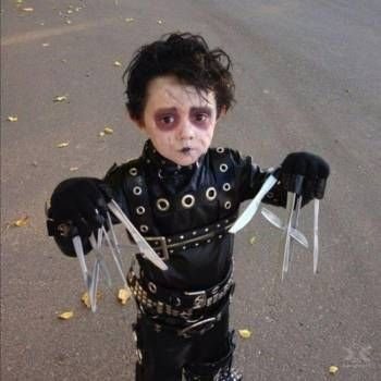 31 kids who were forced into amazing halloween costumes - Great Halloween Ideas