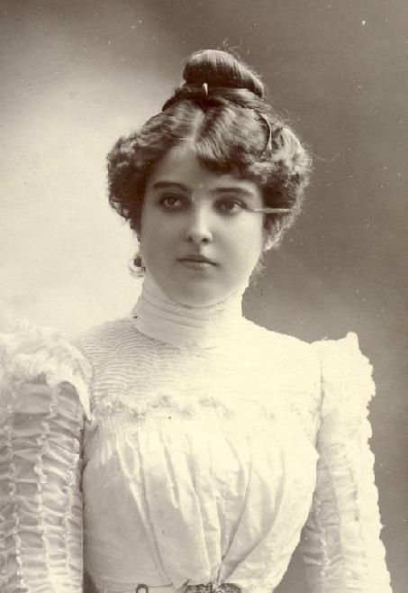 Hairstyles 1890 Google Search Victorian Hairstyles