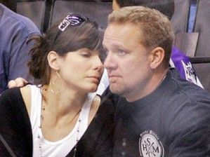 Sandra Bullock Married To Jesse James